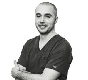 Doctor Juan Sánchez - Especialista en Periodoncia