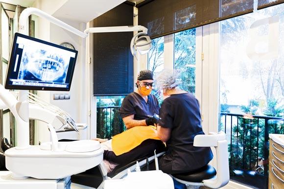 Cuándo acudir al implantólogo