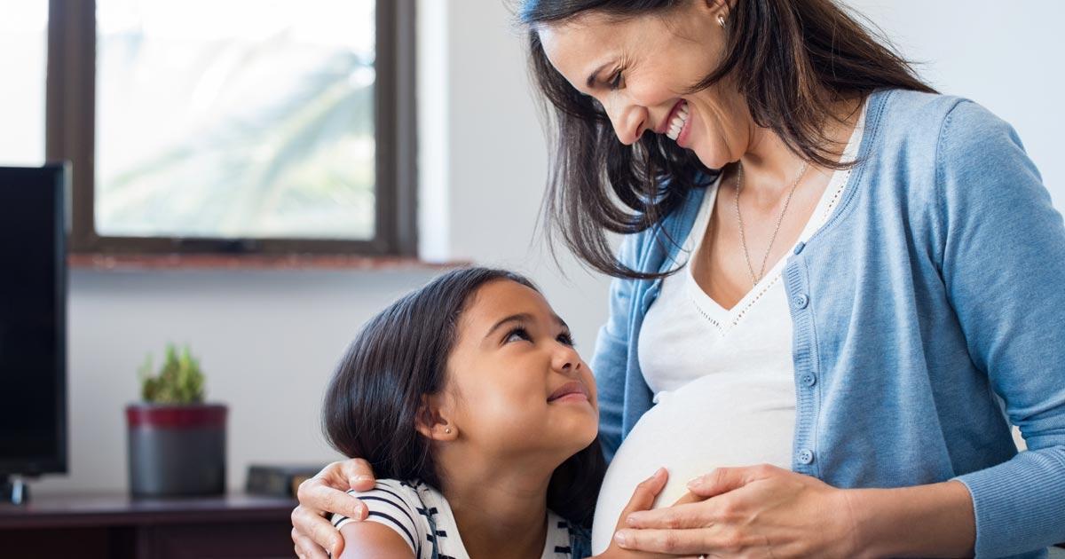 Cuida tu boca durante el embarazo y evita complicaciones