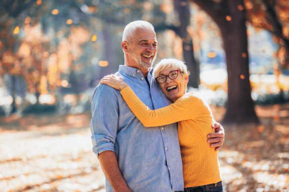 Regeneración ósea para implantes dentales, la solución que estabas esperando