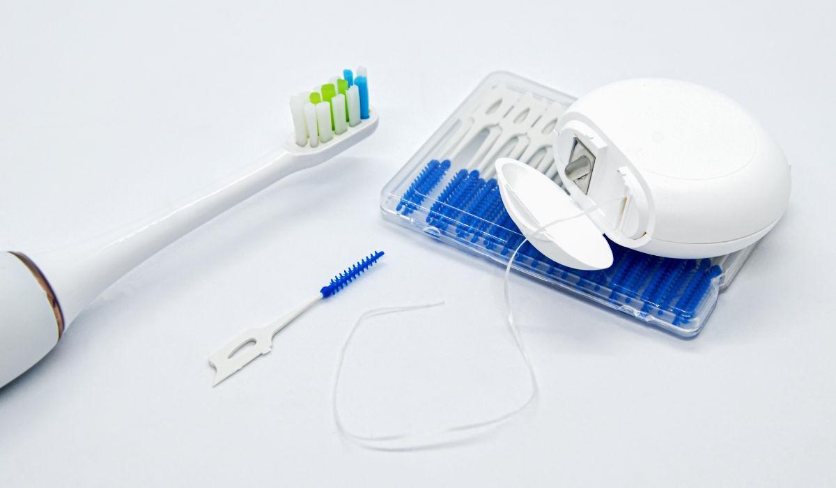 Higiene bucal. Métodos y artículos de limpieza oral.